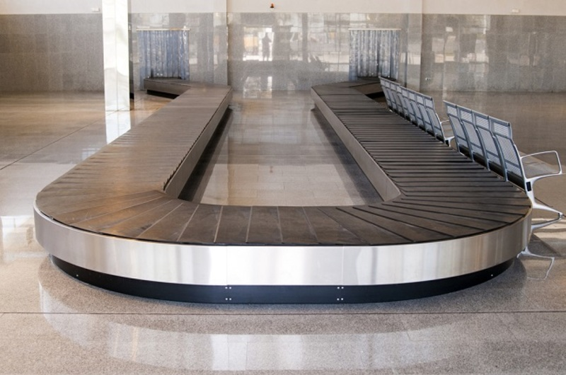 Conveyor Systems  - Types of Conveyor Systems and Their Utility in Different Industrial Applications