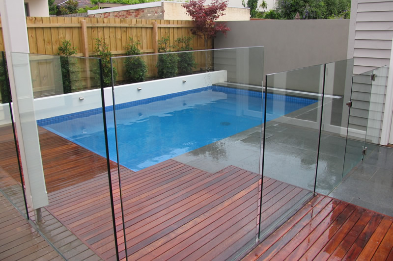 Designer Glass Pool Fencing Essential glass pool fencing features you need to know mike warner workwithnaturefo
