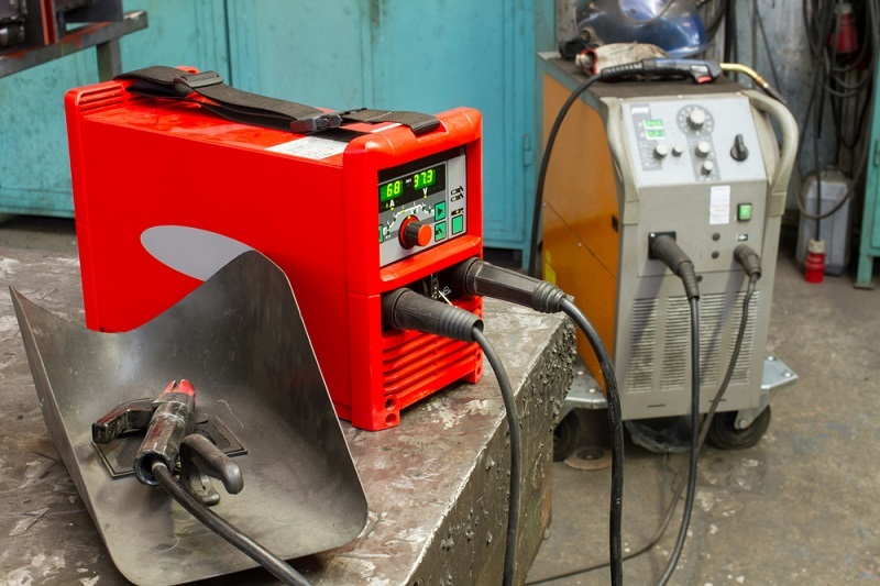 Know About Sub Arc Welding and Its Benefits Related to Pole Fabrication